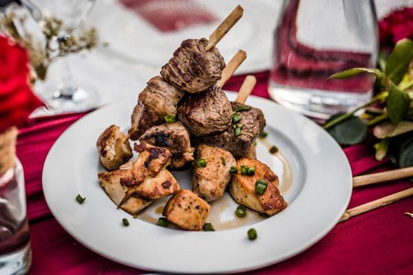 Restaurant Feestlocatie Diner mixed grill met rund, kip en varken